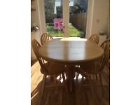 Extending kitchen/dining table with 4 chairs