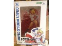 Marvel comics Bishoujo statue (power girl)