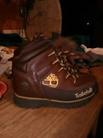 New timberland junior boots size 8