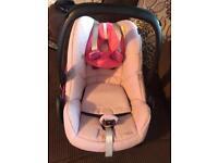 Maxi cosi pebble car seat with easyfix 2 isofix
