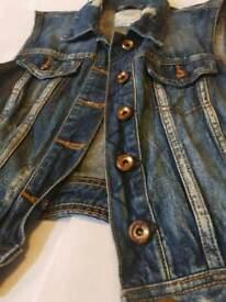 Jeans BERSHKA vest. SIZE S