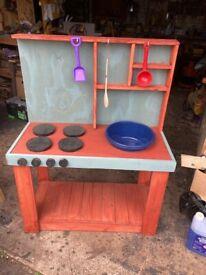 Children's outdoor play / mud kitchen