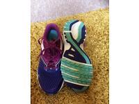 Women's running trainers