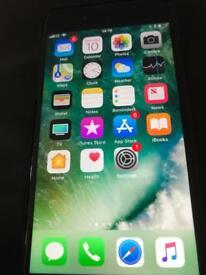 Mint iPhone 7 black 32gb on EE