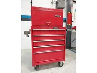 Roller Cabinet, tool chest and 100+ tools Kennedy professional