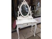 **SHABBY CHIC VINTAGE DRESSING TABLE WITH MIRROR**