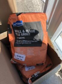Wickes tile grout 5kg bags x 3