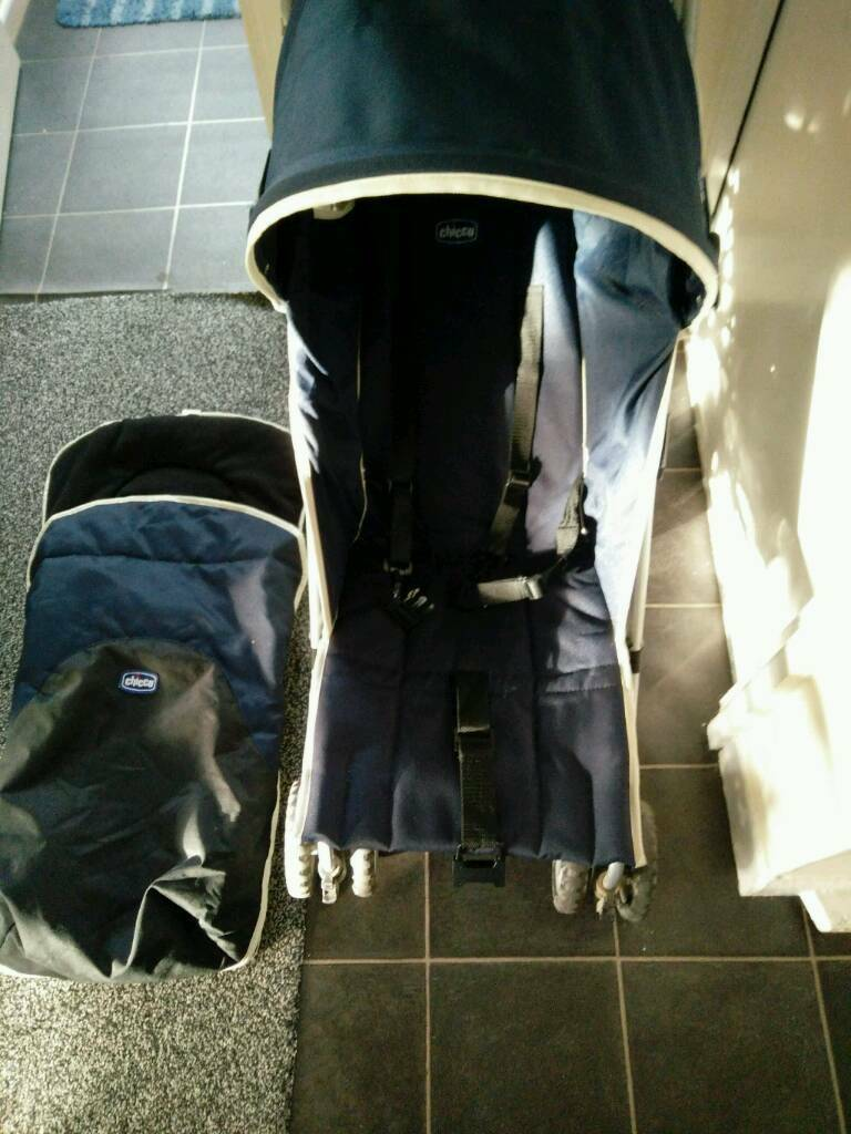 Chicco stroller in navy blue