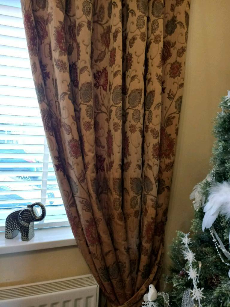 Zurich Gold Patterned Curtains 2 Pair For Sale 90 X