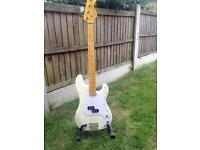 Vintage v4 bass guitar/swap for ps4 or Xbox one