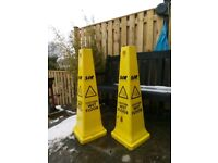 2 X 90CM HIGH SIR CAUTION WET FLOOR SIGNS / CONES IDEAL FOR SHOP OFFICE OR WAREHOUSE HEALTH+ SAFETY