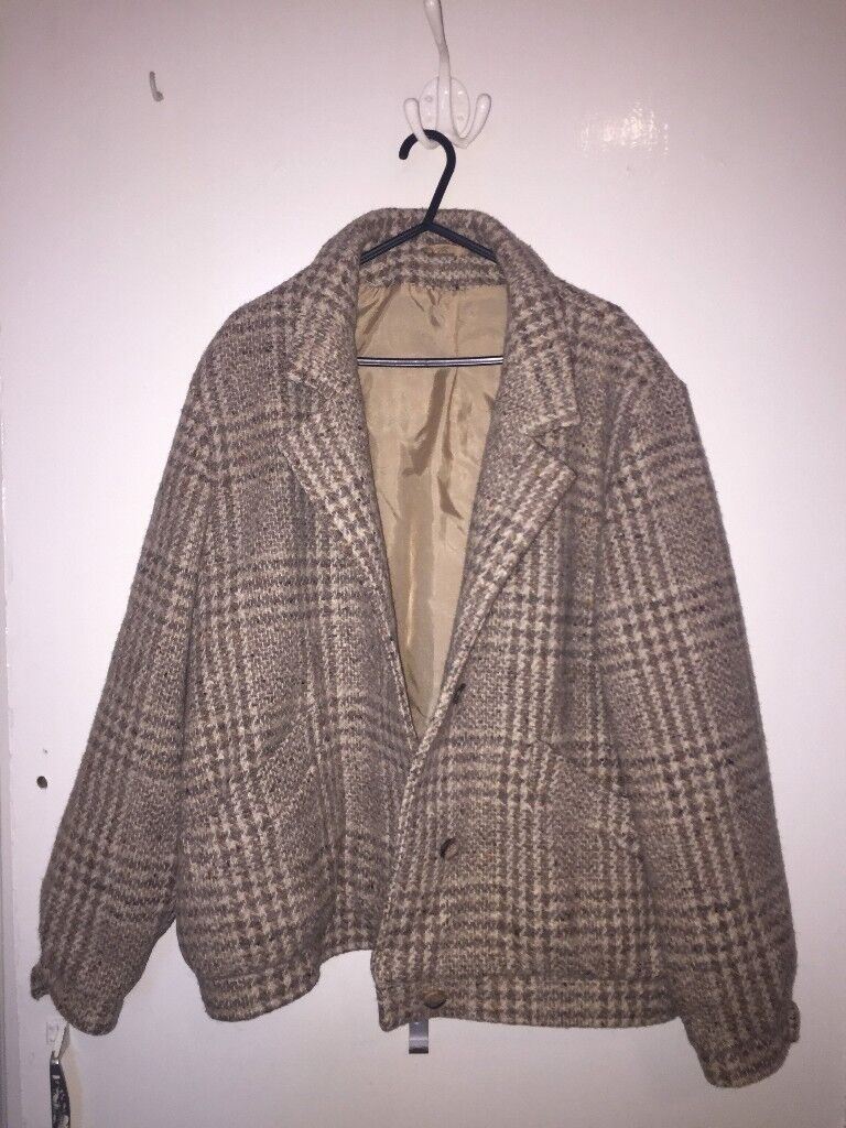 Quality 100% wool bomber style coat