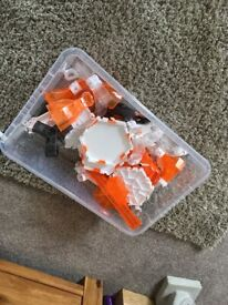 Large box of hex bug with platforms and tunels
