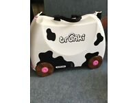 Cow Trunki case
