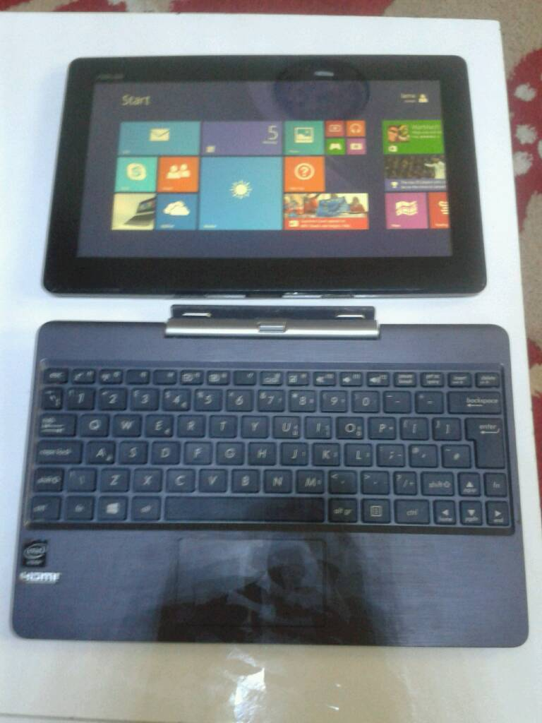 Asus t100ta 2in1 laptopin St Mellons, CardiffGumtree - Asus t100ta touchscreen laptop you can see the specs om the last photoCrack screen but doesnt affect it from using Their is dent at the back cover but hardly noticeable