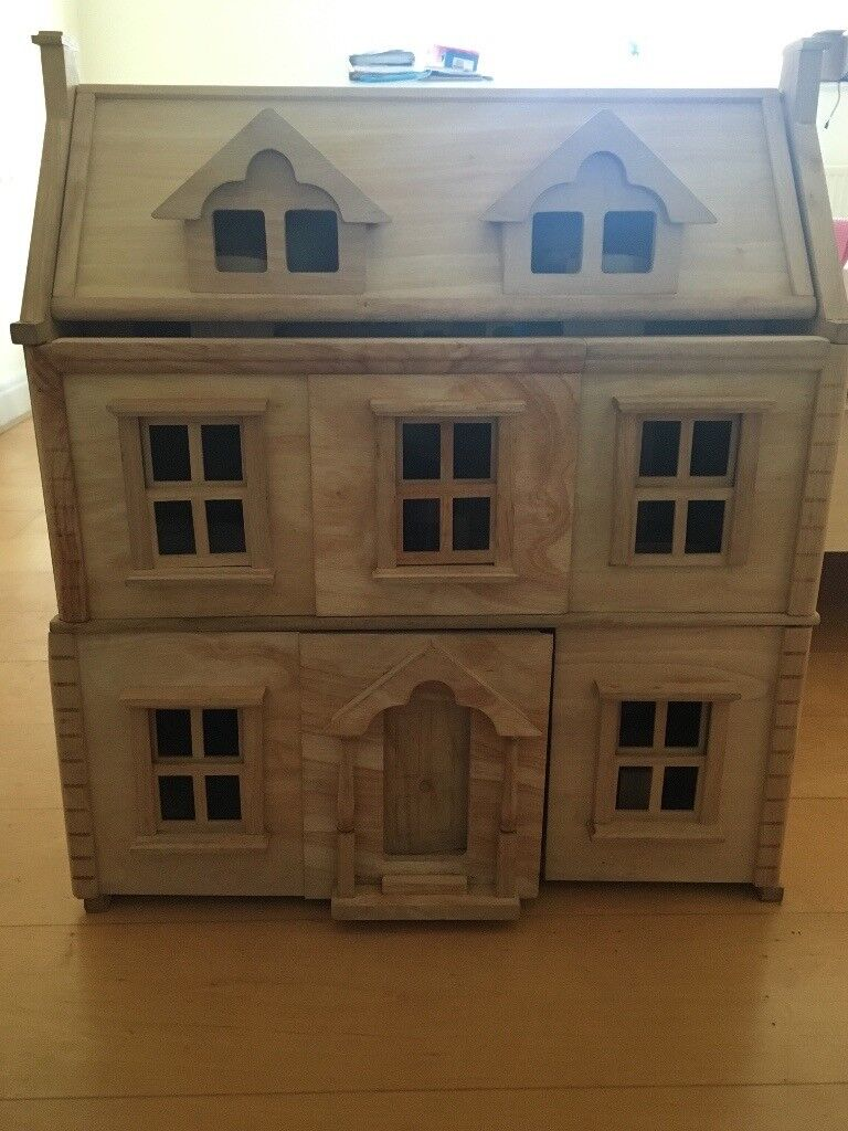 3 storey wooden dolls house