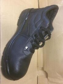 Men's size 9 steel toecap boots