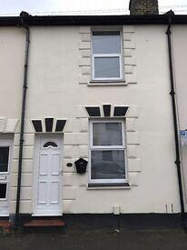 LAWRENCE STREET, GILLINGHAM: 2 BEDROOM TERRACED HOUSE