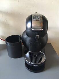 Nescafé Dolce Gusto Coffee Machine with pod disposer