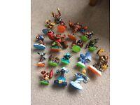 Skylanders figures bundle - 17 assorted characters -