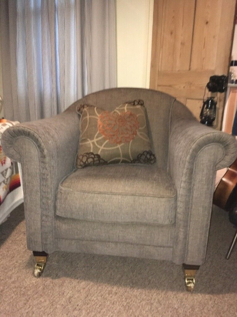 Admirable Comfortable Brown Armchair With Footrest Ottoman Excellent Condition 100 Ono In Norwich Norfolk Gumtree Andrewgaddart Wooden Chair Designs For Living Room Andrewgaddartcom