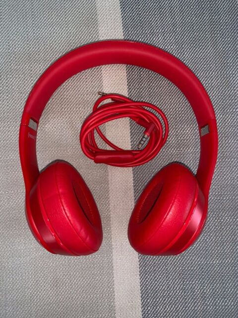 697f30823fc Dr Dre Beats Solo 2 Wired Headphones with Box (Product Red Limited Edition)  Perfect Condition