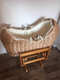 Mothercare 'The Snug' Moses basket & Gliding Stand