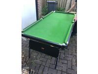 Snooker table / table tennis