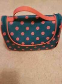 Yeiotsy cosmetics bag for sale - never used