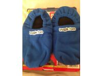 Microwaveable Luxurious Snuggle Toes Heat Slippers Warm Fleece Sofa Unisex