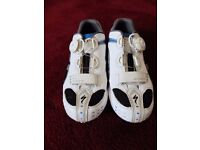CARBON ROAD SHOE CLEAROUT! Specialized and DMT top carbon shoes. 42/43