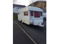 3 birth caravan £500