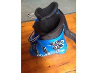 Childrens ski boots Size 24