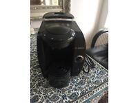 Tassimo bosch coffee machine with 60x pods