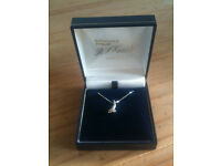 NEW&BOXED 18 Inch 9 Carat White Gold & .1 Carat Diamond Necklace (Hallmarked, Perfect for Christmas)