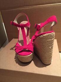 Pink Aldo wedges size 5