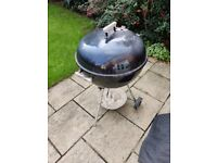Weber barbeque + chimney + woodies