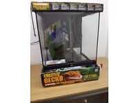 Large Exo Terra Crested Gecko Glass Tank with Setup