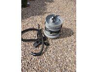 Numatic vacuum ( NNV 370 )