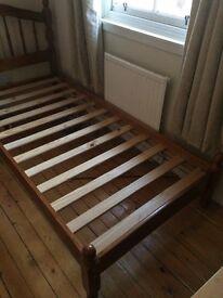 Single bed (pine)