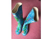 Ladies Wellington boots size 8 brand new blue flowery cute design