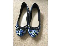 Women's pumps UK 6