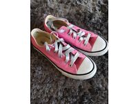 Converse Trainers size 1.5