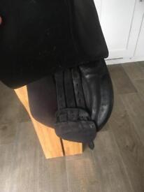 16 Inch English leather saddle