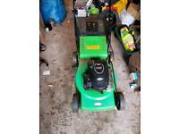 BRIGGS & STRATTON petrol mower