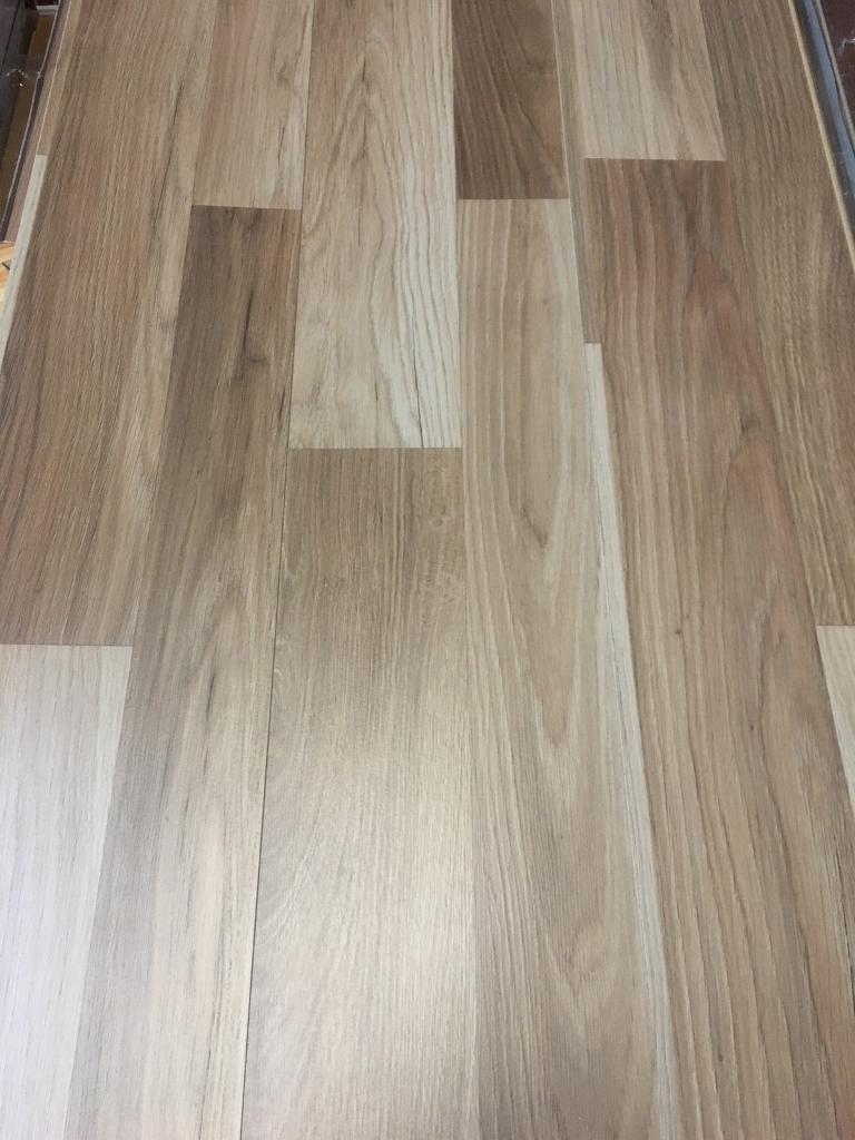 X7 Packs Birmingham Oak 7mm Laminate Flooring