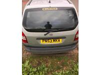 Here i have vauxhall zafira 1.6 petrol me like swap or for sale