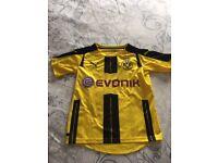 Football borusia Dortmund top size 7-8