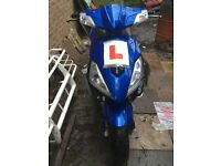125cc moped, great condition just needs new battery