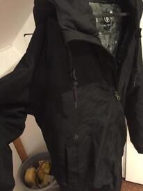 Volcom coat Small